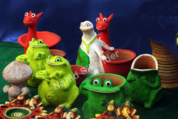 Photograph of clay models, animal made of clay and painted